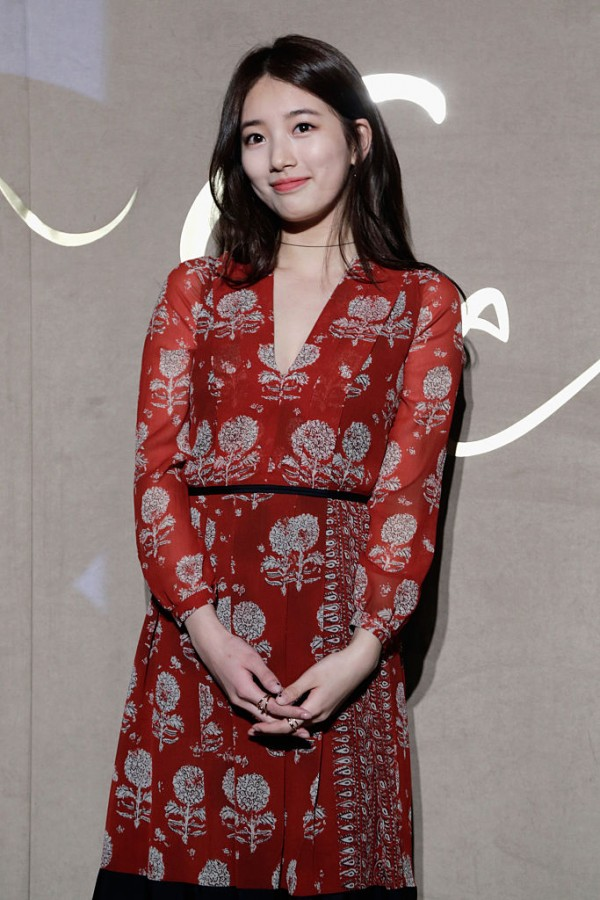 Singer Suzy from Miss A attends the Burberry Seoul Flagship Store Opening Event on October 15, 2015 in Seoul, South Korea.