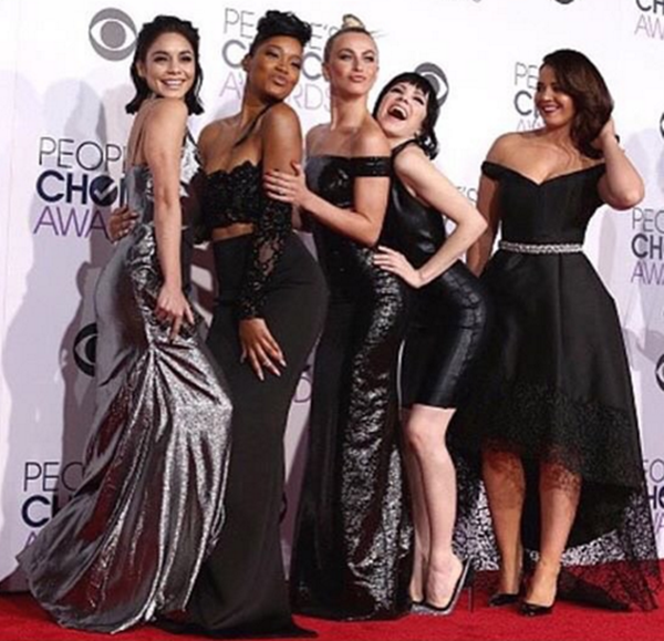 """Vanessa Hudgens served as one of the presenters at the 42nd People's Choice Awards along with her """"Grease: Live"""" co-stars Keke Palmer, Julianne Hough, Carly Rae Jepsen and Kether Donohue."""
