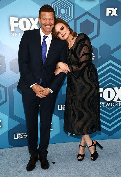 Actors David Boreanaz and Emily Deschanel attended FOX 2016 Upfront Arrivals at Wollman Rink, Central Park on May 16 in New York City.