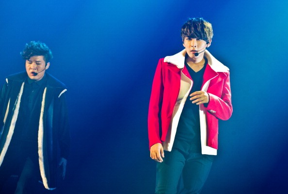 Super Junior's Leeteuk and Shindong during their performance at Zenith de Paris.