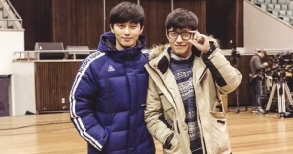 """Korean actors Kang Ha Neul and Park Seo Joon on the first day of """"Young Police"""" filming."""