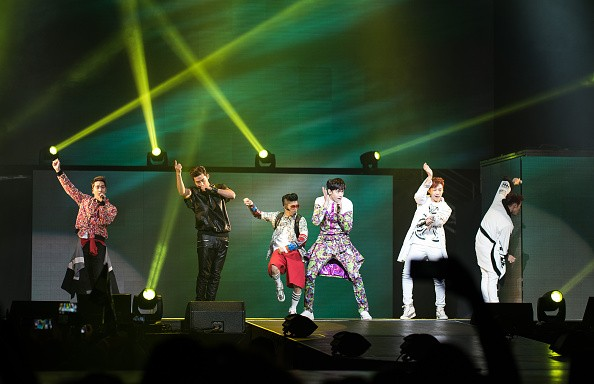 """2PM performs at the K-Pop """"Go Crazy"""" World Tour in New Jersey."""