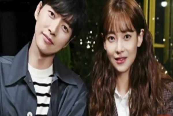 Park Hae Jin and Oh Yeon Seo to star in 'Cheese in the Trap' movie.