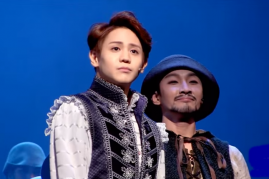 Highlight's Yang Yoseob on the stage of